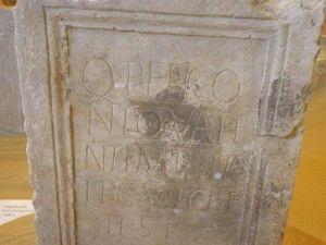 Ulomak titula sa spomenom municipija Ridera