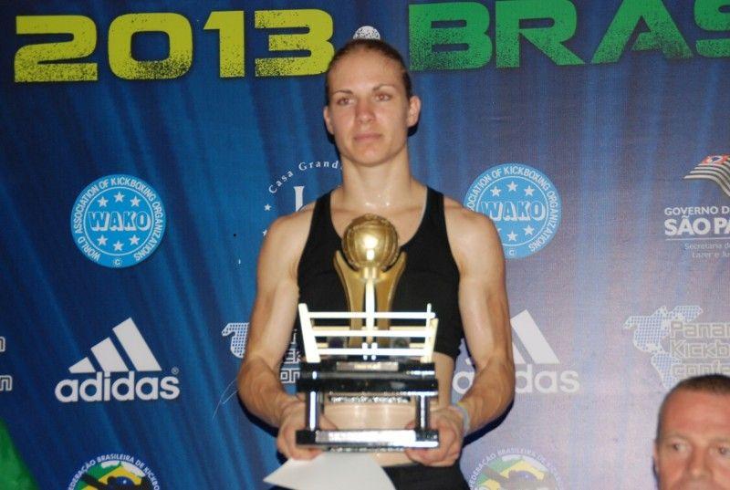 Šibenčanka Nives Radić ponovno je svjetska šampionka u kickboxingu