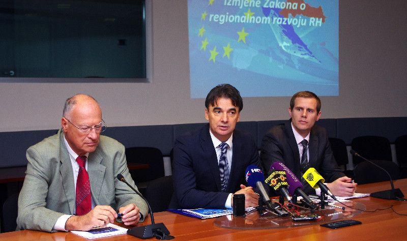 Od EU u 2013.g. plus od 165 milijuna eura