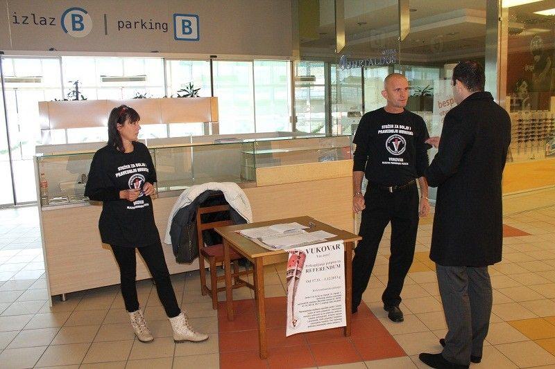 Stožer za obranu Vukovara prikupio potpise za referendum o dvojezičnosti