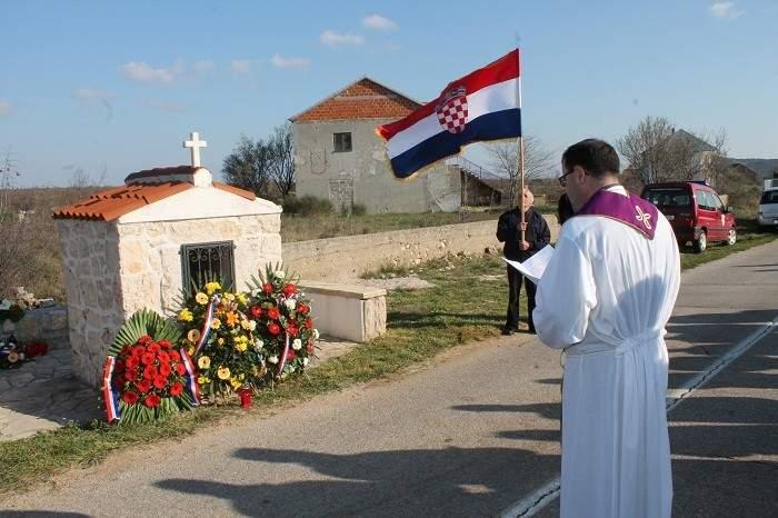 Slava herojima Dragišića – Jesu li morali postati pali heroji?