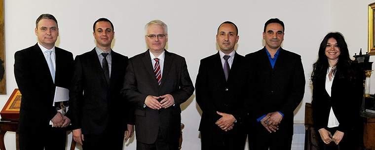 Članovi DJD-a za nedavnog prijema u Uredu predsjednika RH (foto Ured predsjednika $RH, Domagoj Opačak)
