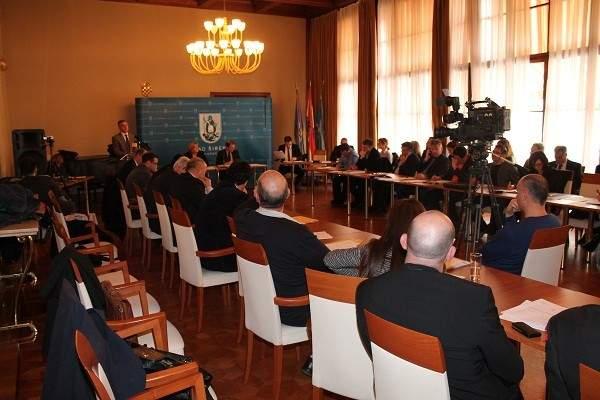 Šibenski gradonačelnik Željko Burić: Šta, Šibenik treba gaće skinuti radi posrnulog gospodarstva ?!