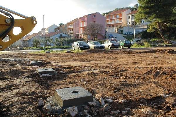 Kad se izgradi igralište za pse – komunalni redari i policija počinju s 'edukacijom' vlasnika kućnih ljubimaca