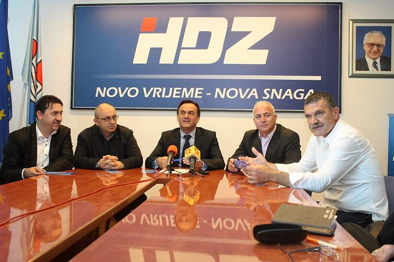 Ante Kulušić uoči izbora: 'Kamo sreće se Kukuriku vladi pokvario softver za afere, umjesto onog za europske fondove'