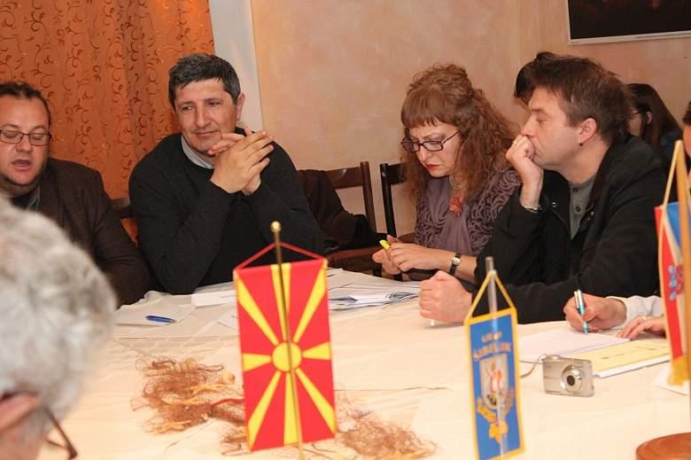 Regionalni knjiški derbi na Zlarinu: Hrvatska i Makedonija podijelile bodove