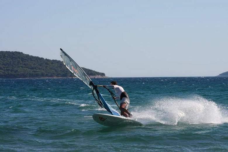 Danas počinje Kup Hrvatske u jedrenju na dasci: Čeka se vjetar…