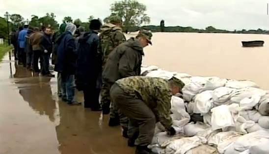 Od Milana Bandića s empatijom: Predložit ću da svaki gradski zastupnik s moje NL donira 10 tisuća kuna stradalima na poplavljenom području