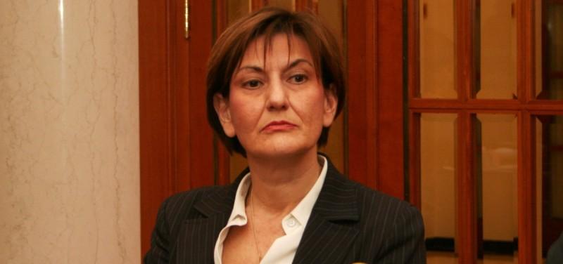 Interes javni, sastanci tajni: Martina Dalić, pregovara s Mađarima o Ini dok joj suprug sjedi u upravi te kompanije