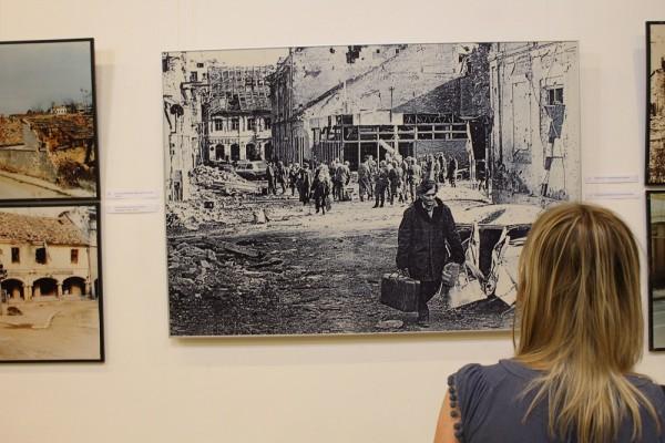 Izložba u Šibeniku: Idilične i apokaliptične fotografije Vukovara iz '91.