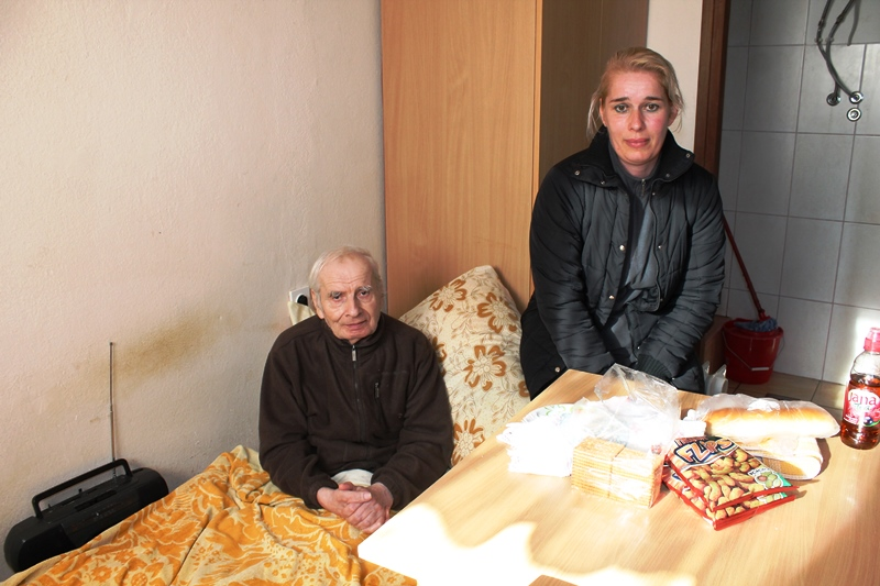 Nikola Dobrota i njegov stan (Foto H. Pavić)