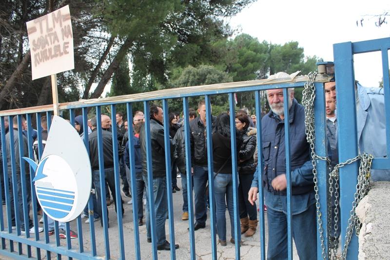 Radnici TLM-ove Prešaonice još nisu dobili plaću: Jadranska banka blokirala račun TLM-a