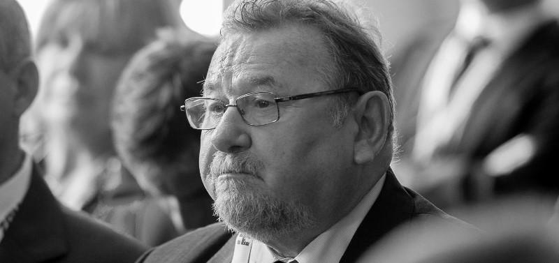 Portret tjedna/Vladimir Šeks, posebni savjetnik predsjednice RH : Šeksizacija Pantovčaka