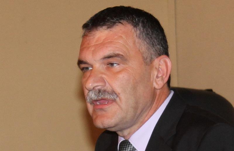 Nediljko Dujić, naslijedio A. Kulušića na čelu ŽO HDZ-a, tjedan dana nakon što mu je izrečena kazna radi sukoba interesa