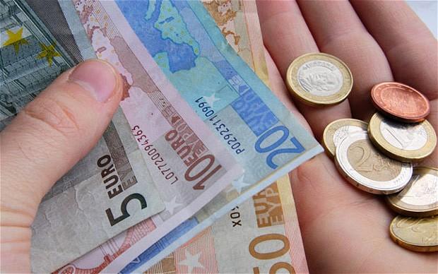 Svakom građaninu 800 eura mjesečno!!!