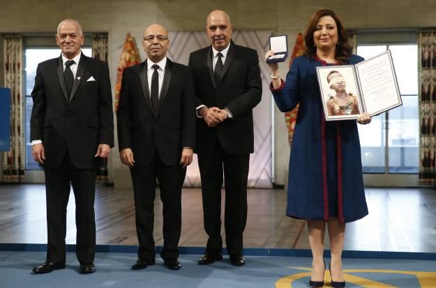 Kvartetu za nacionalni dijalog Tunisa Nobelova nagrada za mir