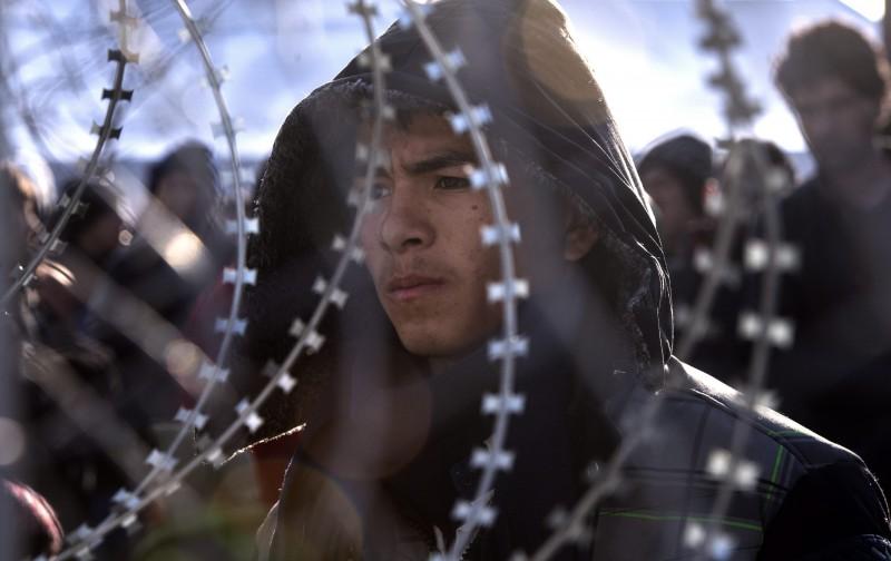 Ratni zločini i ilegalni povrat izbjeglica ugrozili ljudska prava u 2015.