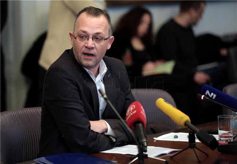 Bandić postigao sporazum s partnerima u Gradskoj skupštini: Tito odlazi, s čijim potpisima, ne zna se