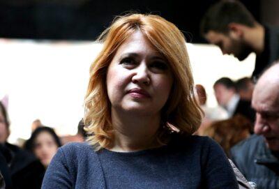 Portret za transparent/ Milanka Opačić i SDP : Moj obračun s njima …