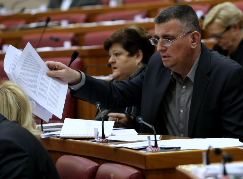 Hrvatski sabor: Premijer zastupnika Bulja nazvao- Panj (!?)