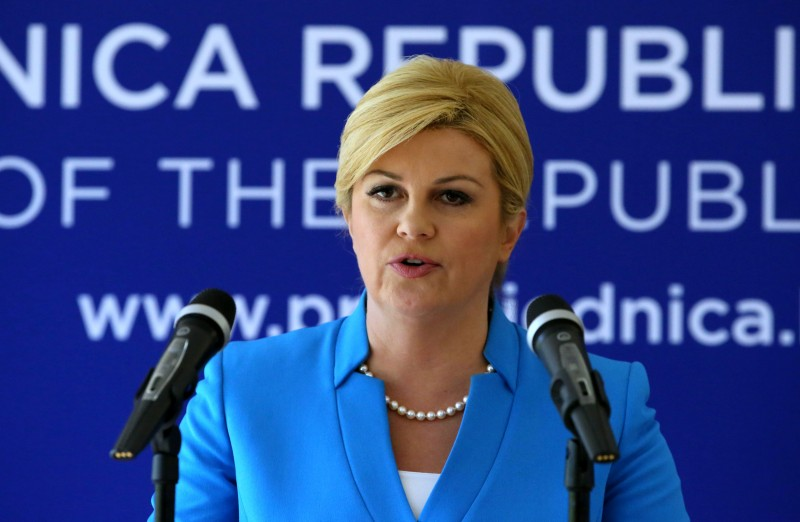 Kolinda Grabar Kitarović o iseljavanju i migrantima : Propuštanjem migranata pomagali smo trgovinu ljudima… (?!)