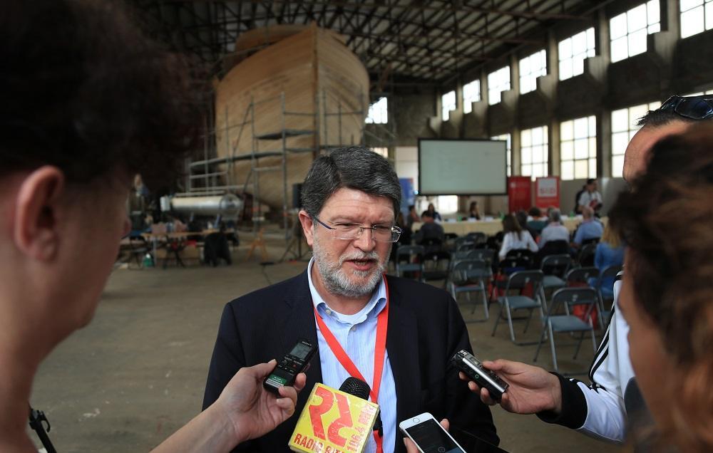 Tonino Picula na otvaranju konferencije u Betinu (Foto: Tris/H. Pavić)