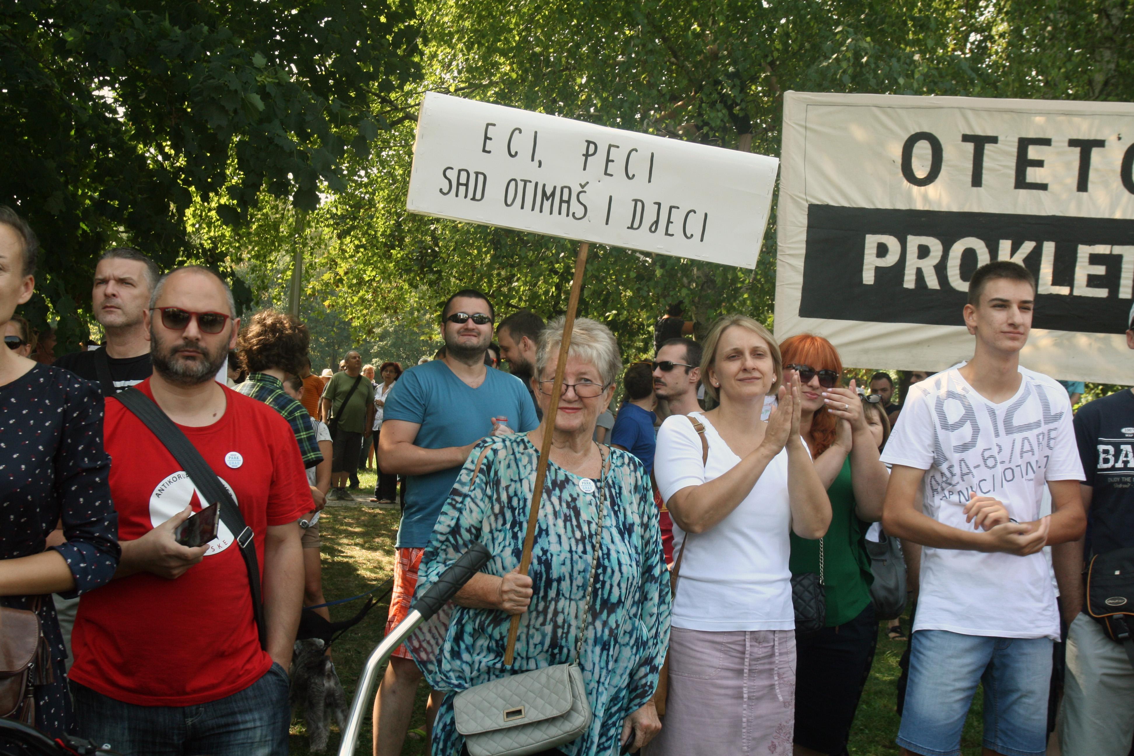 Prosvjed na Savici Foto: HINA/Zvonimir Kuhtić