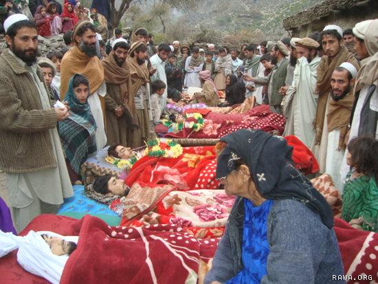 Rat u Afganistanu, mrtvi u Afganistanu....foto: Wikipedia/RAWA - www.rawa.org