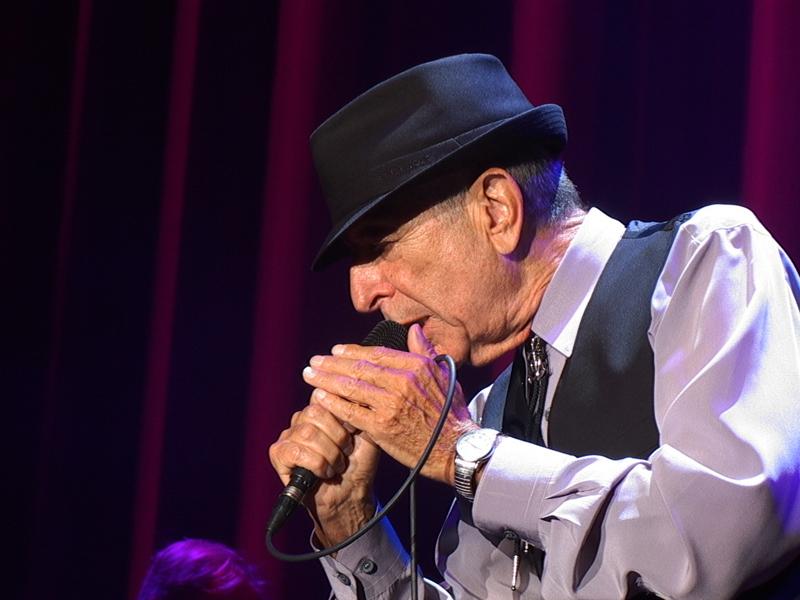 Umro je Leonard Cohen