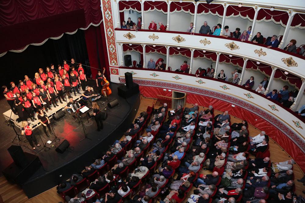 Kombinat u šibenkom kazalištu (Foto: Jozica Krnić)