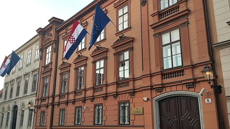 Ustavni sud u ponedjeljak odlučuje o ustavnosti Nacionalnog kriznog stožera: Teško će sud u konfrontaciju s Vladom i Stožerom…