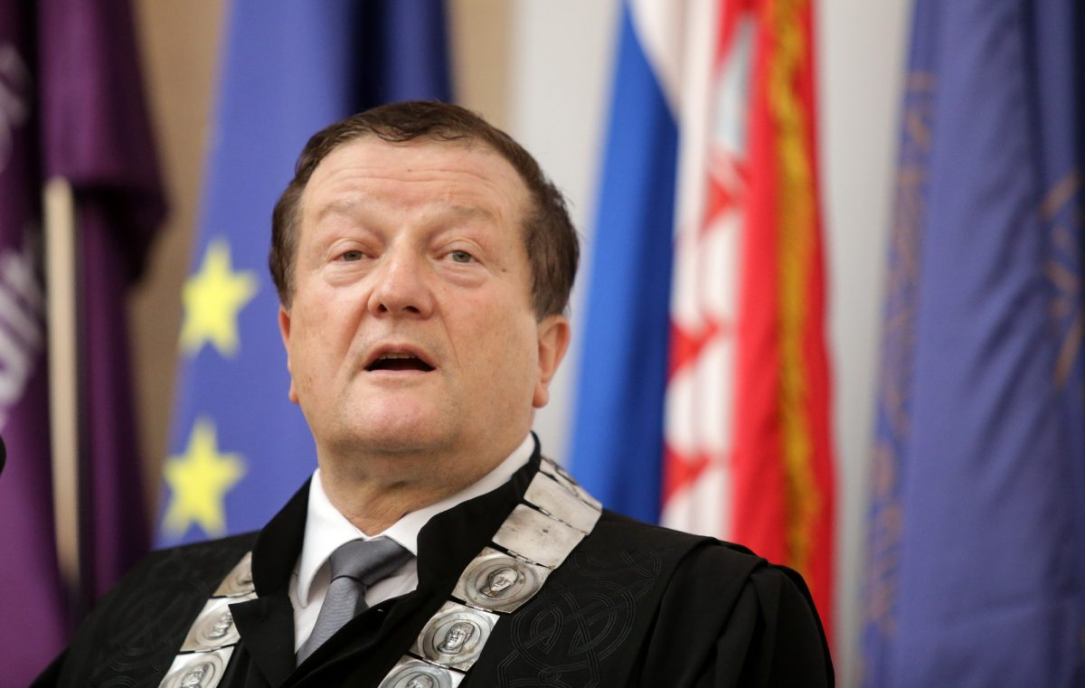Bruka na zagrebačkom Sveučilištu: Senat o smjeni dekanice FFZG-a odlučio mailom, bez rasprave i suprotstavljanja argumenata. Nečuveno!
