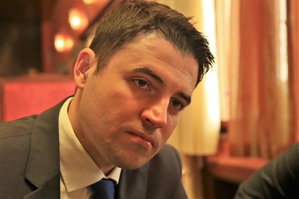"""Davor Bernardić ne da se iz SDP-ova sedla: Komadina ne želi biti """"izdajnik"""", a 22 zastupnika SDP-a neće Beru za šefa Kluba"""