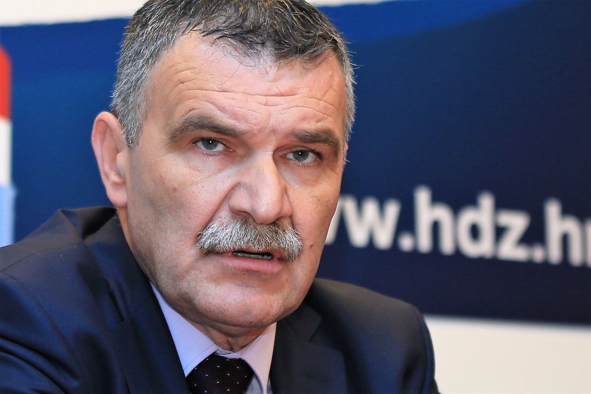 Šibensko-kninski HDZ nominirao svojih 7 kandidata za Sabor: Među predloženima Ivan Malenica, Josipa Rimac, Branka Juričev Martinčev…