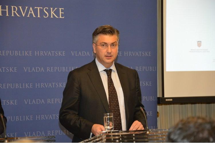 Andrej Plenković o krizi u Agrokoru: Nema drame, Ramljakova ostavka nije iznenađenje, a Martina Dalić ostaje