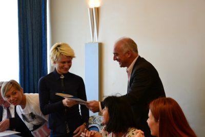 Šibensko-kninski župan dijeli zahvalnice nagrađenima