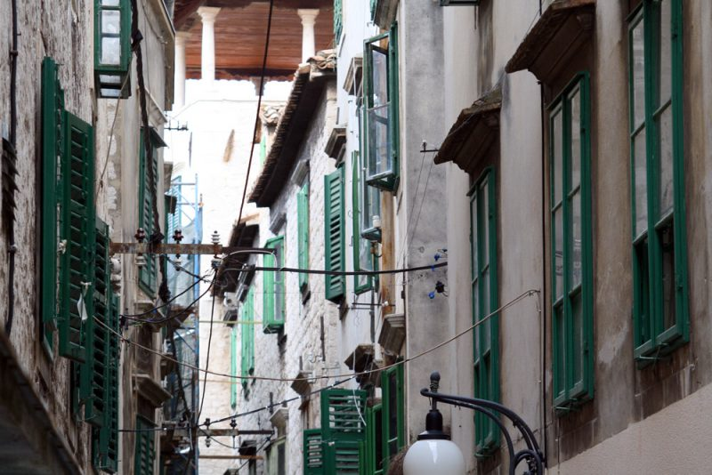 Stolarija po staroj gradskoj jezgri (Foto: Jozica Krnić)