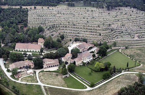 Dvorac Miraval po danu