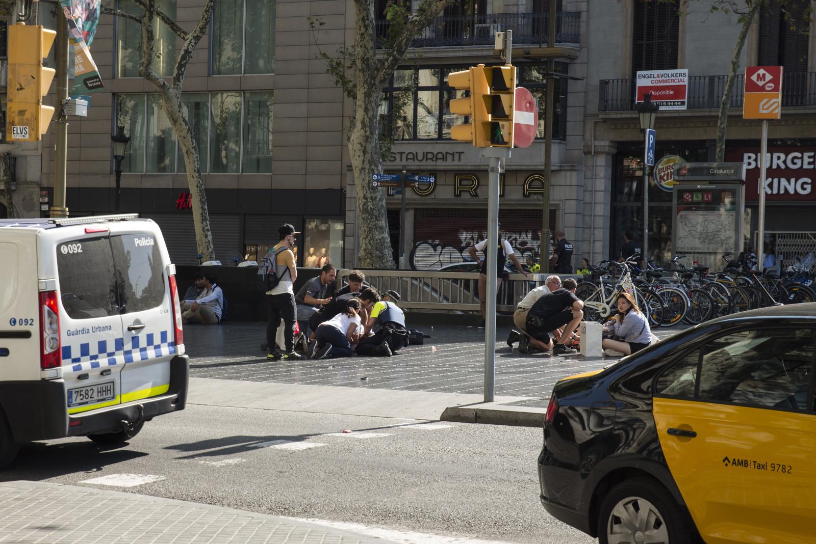 Barcelona, krv i suze nedužnih pod kotačima terorista