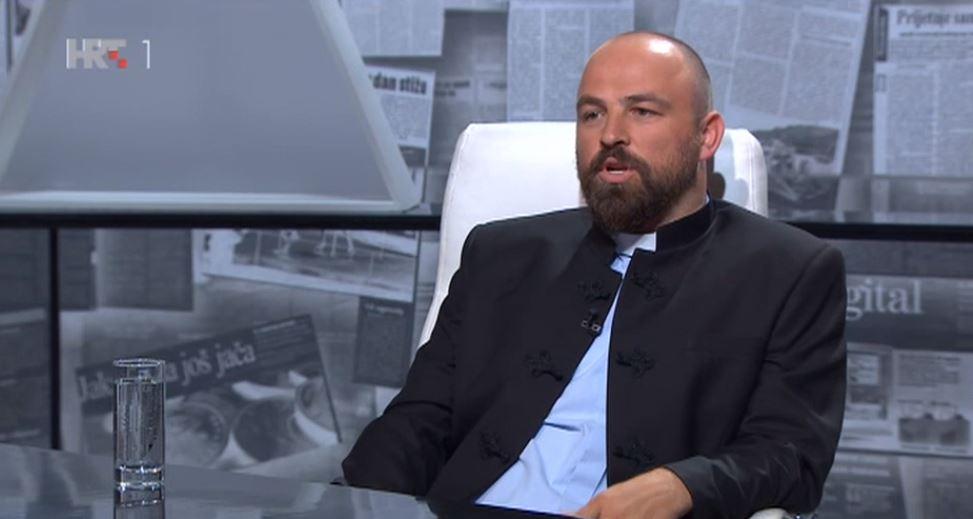"""Isusovac Tvrtko Barun, u HTV-ovoj emisiji """"Nedjeljom u 2"""" : Kršćanstvo se ne brani bodljikavom žicom"""