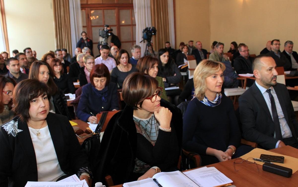 Alarm zbog spaljivanja zagrebačkog otpadnog mulja u Kalunu: Drniš nije Međimurje, a ni Pauk  nije  Posavec, makar su oba župani…