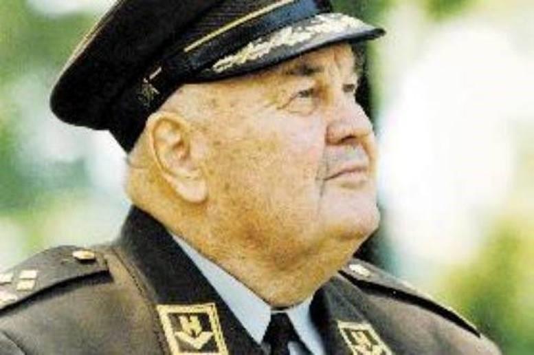 Bandić- Hasanbegovićeva utrka s poviješću: Saučesništvo u selektiranju ( Bobetkove ) prošlosti