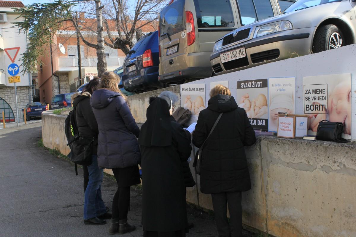 Irci liberaliziraju zakon o pobačaju,  Hrvati bi ga referendumom apsolutno zabranili