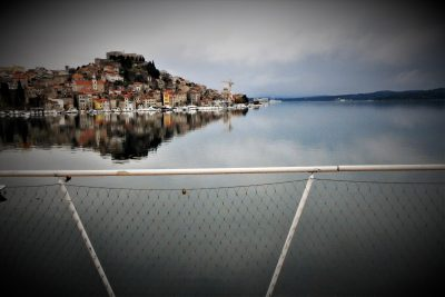 Idiličan pogled i klimava ograda (foto TRIS)
