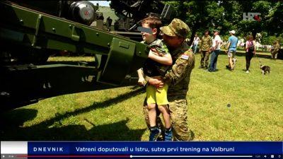 Dječak cilja  - foto HRT printscreen