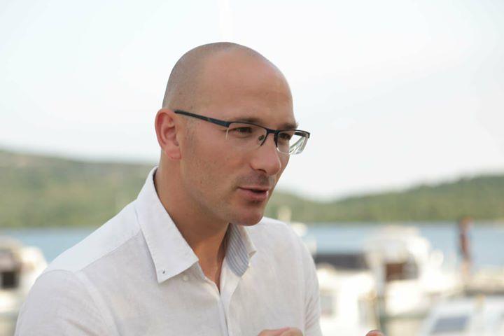 Grupa članova šibensko-kninskog SDP-a protiv peticije za opoziv Bernardića: To što radite  zove se puč ili sabotaža!