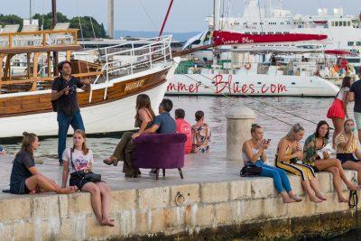 3. Turisti su sjeli... (foto Ivica Bošnjak)