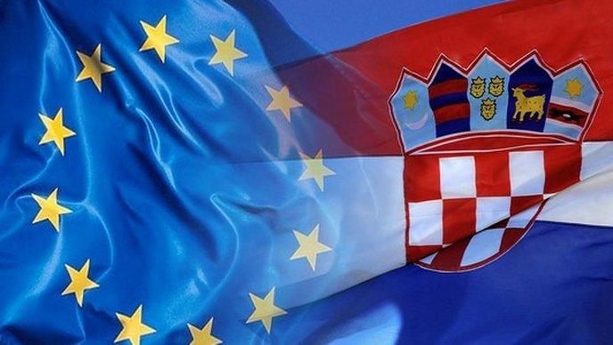 """Hrvatska i Dan pobjede: """"Crno pače"""" EU-a prešućuje antifašizam kojim bi se moralo ponositi!"""