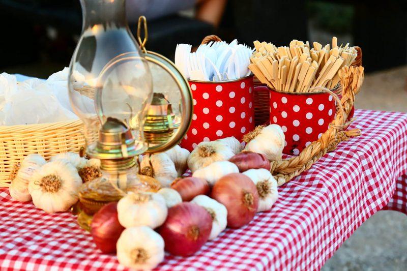 Garlic & Games: Luka, igara, kapule, maslinovog ulja, vina i likera, kozjeg sira, bajama i suhih smokava na vidikovcu Kamenjak – 21. i 22. srpnja