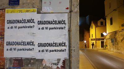 Misteriozni plakati u Šibeniku: 'Gradonačelniče, a di Vi parkirate?'